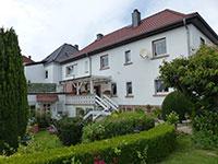 ZFH Friedberg | Zweifamilienhaus mit Nebengebäude in Friedberg-Dorheim