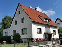 1-2 FH Alsfeld | Hübsches Ein-/Zweifamilienhaus mit Garten in Alsfeld-Leusel