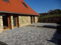 RH Florstadt | Neubau in historischem Gemäuer in Florstadt-Stammheim - Reihenmittelhaus in Feldrandlage