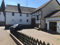 Landwirtschaftliches Objekt Antrifttal | Einfamilienhaus mit landwirtschaftlichen Gebäuden in Antrifttal-Vockenrod