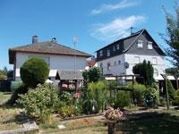 EFH + MFH Glauburg | Einfamilienhaus und vermietetes 3-Familienhaus in GLauburg-Stockheim