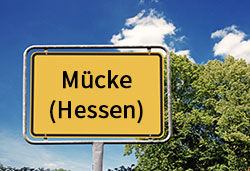 Ortsschild Mücke (©Cevahir - stock.adobe.com)